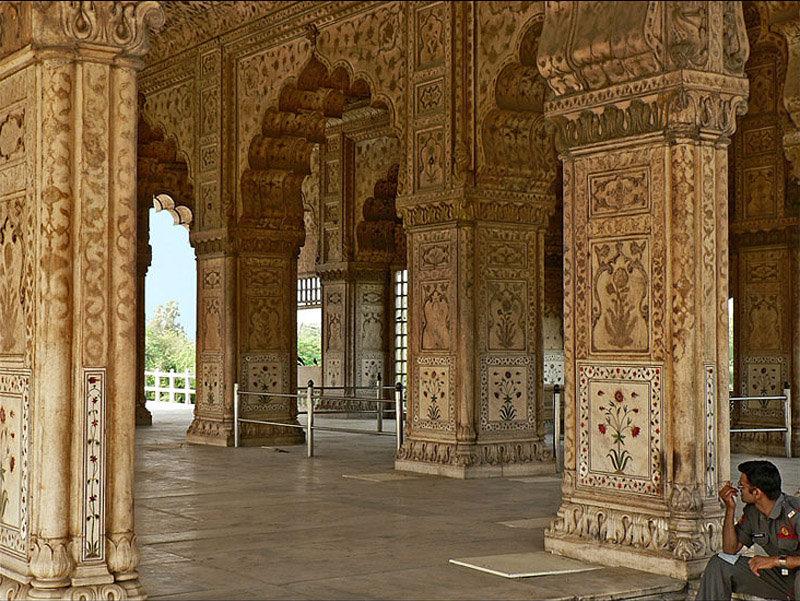 diwan-i-khas_red_fort_delhi.jpg