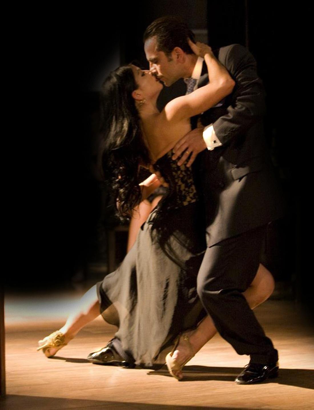 Ezequiel Paludi & Geraldine Rojas.jpg