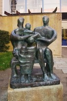 396px-Henry_Moore,_Family_Group_(1950)