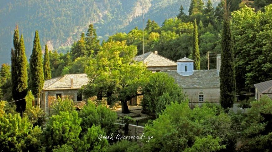 nafpaktia-monastery-Ampelakiotissa-IMG_5734