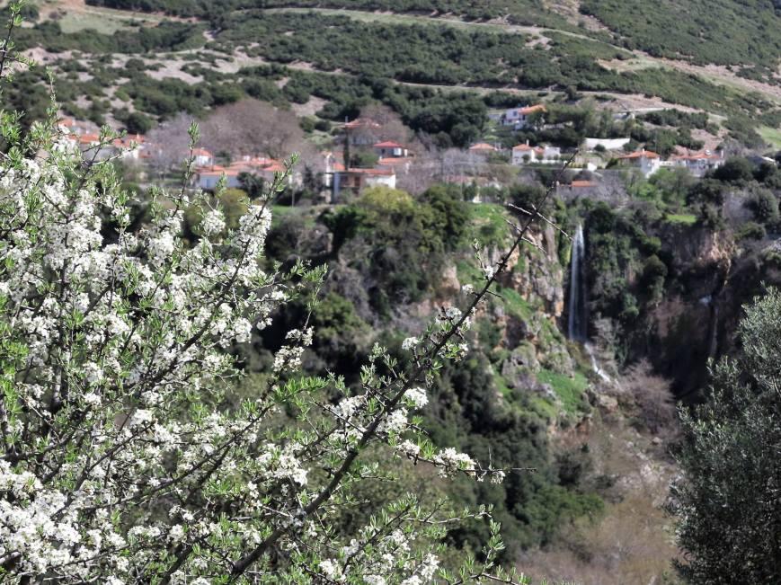 Καταρράκτης χωριό Αχαίας