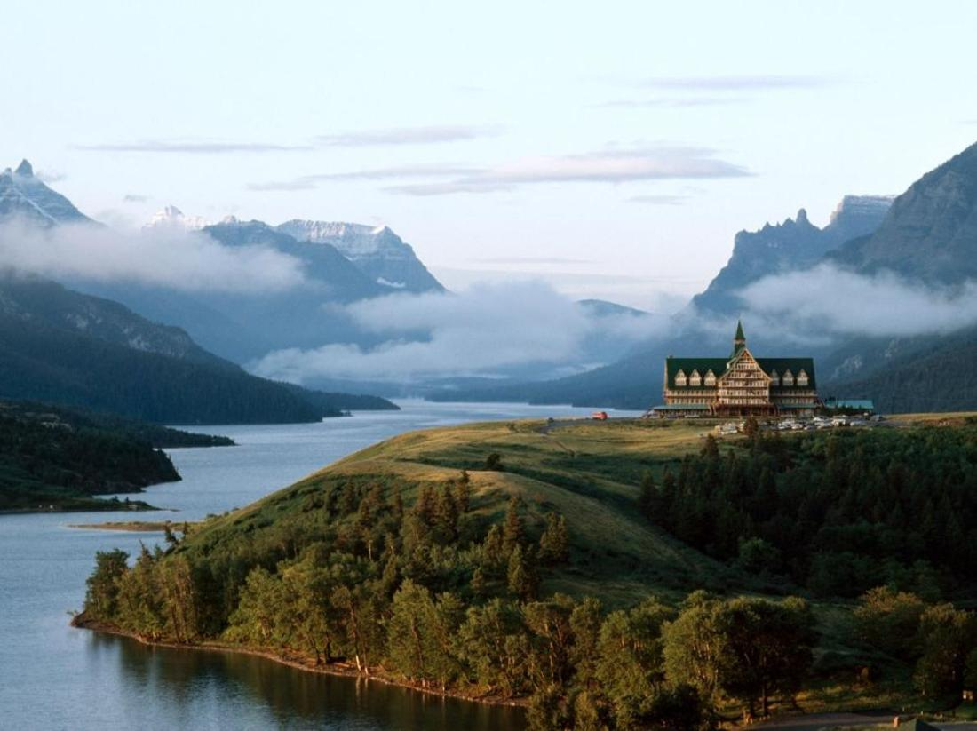 Waterton Lake and the Prince of Wales Hotel..jpg