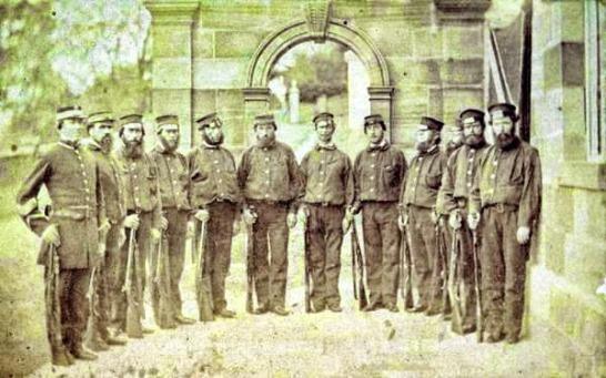 1866: Φρουρά Φυλακών Πορτ Αρθουρ( photo Alfred Bock)