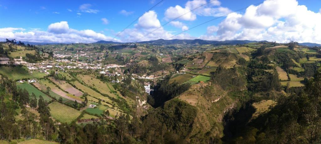Ipiales (Colombia) - El Santuario de Las Lajas
