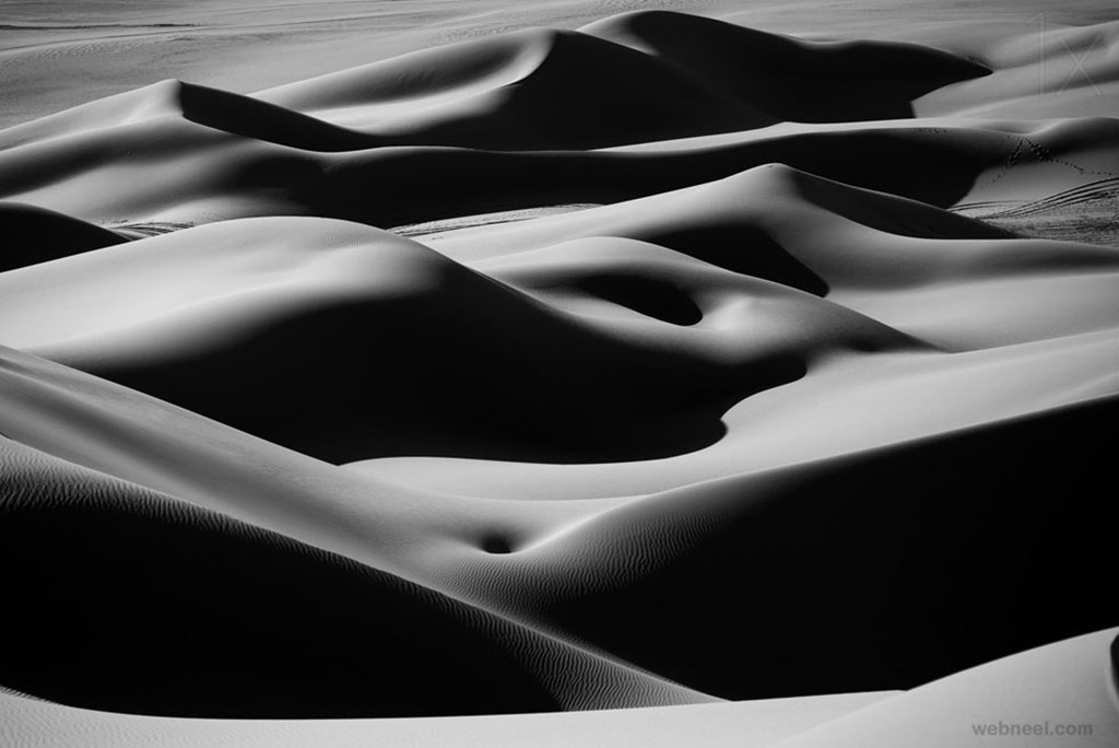 1-desert-curves-black-and-white-photography-by-ivan-slosar
