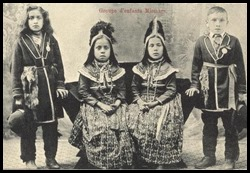 Mi'kmaq children - circa 1900